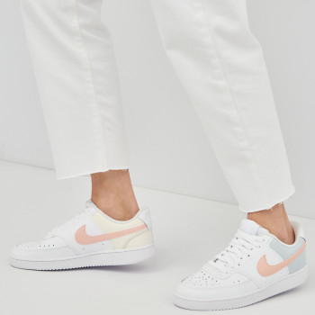 Кеди Nike Wmns Court Vision Low CD5434-103