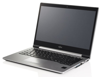 Ноутбук Fujitsu LIFEBOOK U745-Intel-Core-i5-5200U-2,2GHz-8Gb-DDR3-256Gb-SSD-W14-Web-(B)- Б/В