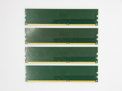 Оперативна пам'ять Apacer DIMM 8Gb (4*2Gb) DDR3-1333MHz PC3-10600 CL9 (75.A83C1.G110B) Б\У